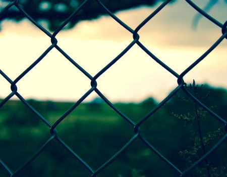 chain-link-fence-property-450x350