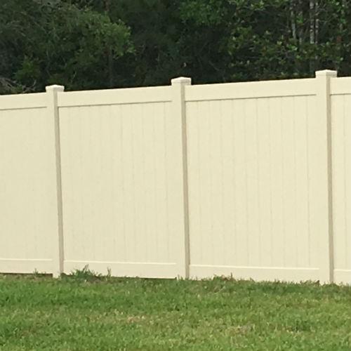 Tan Beige Vinyl Fence 500x500 Fence Company Fencing