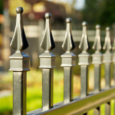 decorative-pointed-aluminum-fence-400x400